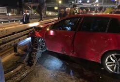 Gece yarısı feci kaza Spor araba arkadan çarptı