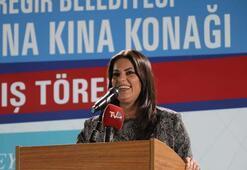 Jülide Sarıeroğlu: Adana 1 ton altın bozdurarak Türkiye'ye sahip çıktı