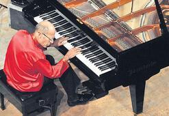 'Ölene kadar piyano çalacağım'