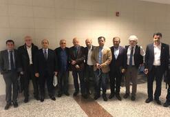 Son dakika: CHPli Enis Berberoğluna yurt dışı yasağı