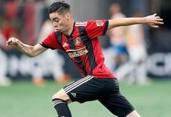 Newcastle United, Almironu transfer etti