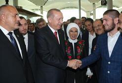 Cumhurbaşkanı Erdoğan, Khabib Nurmagomedov ile görüştü