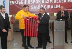Eskişehirspor Tülomsaş çalışanları ile buluştu