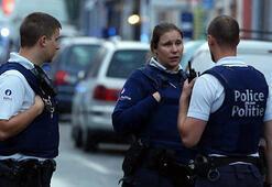 APnin 4 üyesine Belçikada nükleer silah protestosundan gözaltı