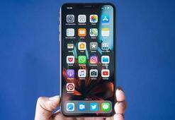 iPhone XS ve XS Maxin iyi sinyal almadığı söyleniyor