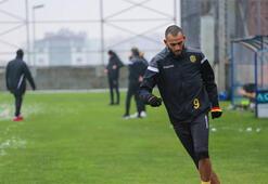 Malatyaspor'un golcüsü Boutaib Zamalek'e transfer oldu