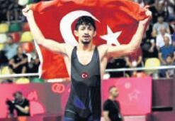 Dünya şampiyonu Kamal elden kaçtı