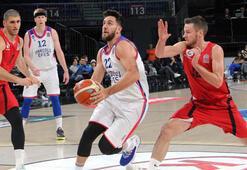 Anadolu Efes: 88 -  Gaziantep Basketbol: 81