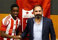 Sivasspor, Diabate'ye resmi imzayı attırdı