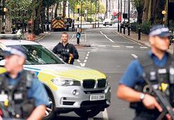 İngiltere'yi terör korkusu sardı
