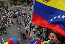 BM: Venezueladan günde 5 bin kişi kaçıyor