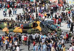 TEKNOFEST İstanbul, ikinci gününde misafirlerini ağırlıyor