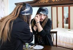 Sivaslı gencin Jack Sparrow hayranlığı hayrete düşürdü