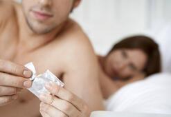 Vücut sıvılarıyla kayganlaşan kondom geliştirildi