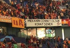 Galatasaray taraftarlarından Koray Şener pankartı