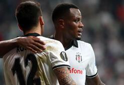 Fenerbahçe öncesi Beşiktaşta santrfor krizi