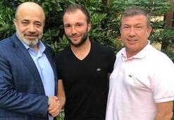 Şampiyon Murat Akın futbolu bıraktı