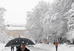 Bingölde bugün okullar tatil edildi mi 11 Ocak Cuma Bingölde kar tatili...