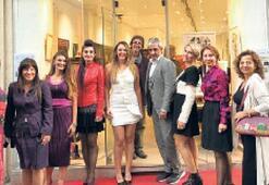 İzmirli sanatçılar Paris'i fethetti