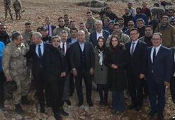 Bakan Çavuşoğlu'ndan Nöbet setine ziyaret