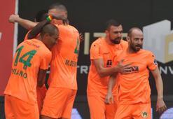 A. Alanyaspor 2 - 1 Akhisarspor