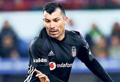Beşiktaşa çifte darbe