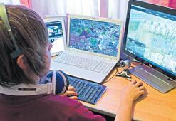 Çocuğun güvenli internet kullanımı ailenin elinde