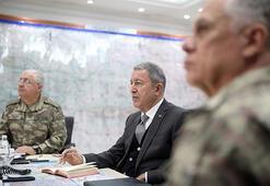Milli Savunma Bakanı Akar Şırnakta incelemelerde bulundu