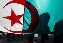 Cezayir çıkmazda