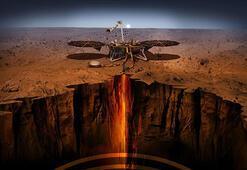 InSight, Mars yüzeyine deprem ölçer indirdi