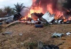 Kolombiyada uçak düştü: Onlarca ölü var