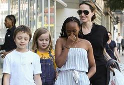Angelina Jolienin suşi keyfi