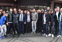 MKE Ankaragücünde yöneticiler ve futbolcular yemekte buluştu