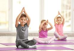 Yoga çocukları olumlu etkiliyor