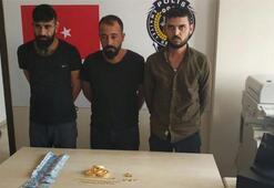Kendilerini savcı ve polis olarak tanıtan Suriyeli şebekeye film gibi operasyon