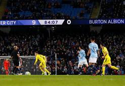 Manchester City - Burton Albion: 9-0