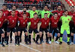 A Milli Futsal Takımı, Tacikistanı farklı yendi