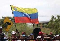Sağcı AP üyeleri Venezuelaya alınmadı