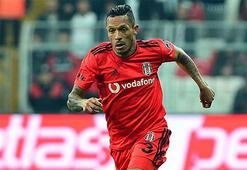Brezilyalı yıldız Adriano'ya talip var