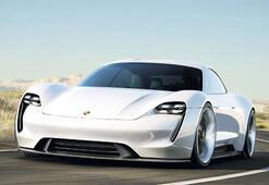 'Porsche'nin TAYCAN'ı uçtu