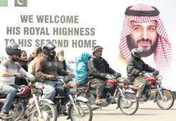 Pakistan'ın iki kenti 'Selman tatili' yapıyor
