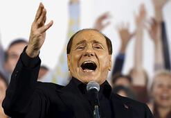 Berlusconi AP seçimlerinde aday olacak