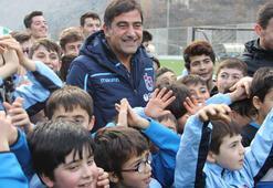Ünal Karaman, Artvin'de futbol okulunun açılışını yaptı