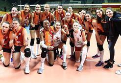 Galatasaray HDI Sigorta - CSM Volei Alba Blaj: 3-0