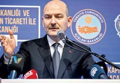 Soylu: 8 bin riskli kişinin Türkiye'ye girişi engellendi
