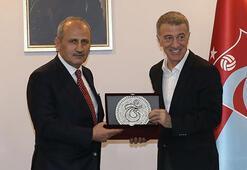 Bakan Cahit Turhan, Trabzonsporu ziyaret etti