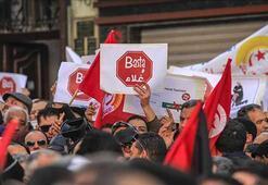 Tunusta genel grev hayatı felç etti