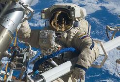 Ruslar 2018de uzayda 700 yeni nesne keşfetti