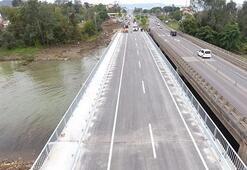 Orduda selin yıktığı köprü trafiğe açıldı