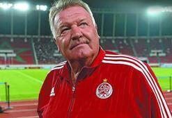 Toshack: Galatasaray derbisindeki atmosferi başka yerde görmedim